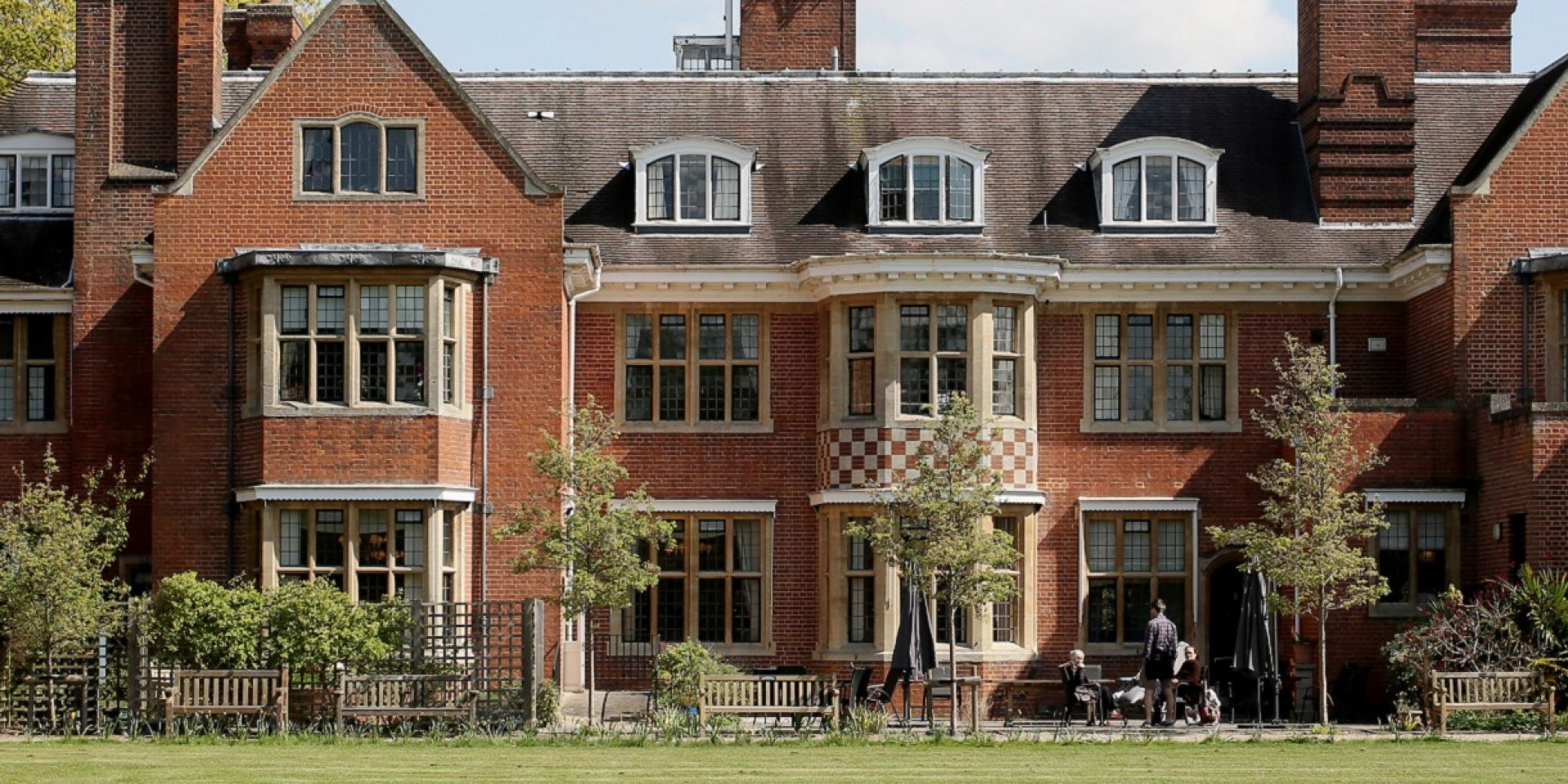 Glebelands Care Home in Wokingham Acquired by Greensleeves Care