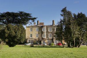 Tickford Abbey