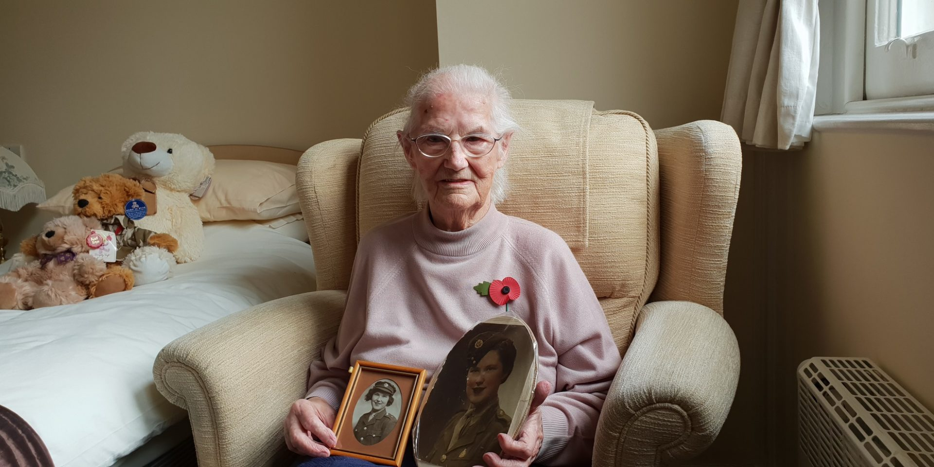 A Resident at St Cross Grange Reflects on Remembrance Day
